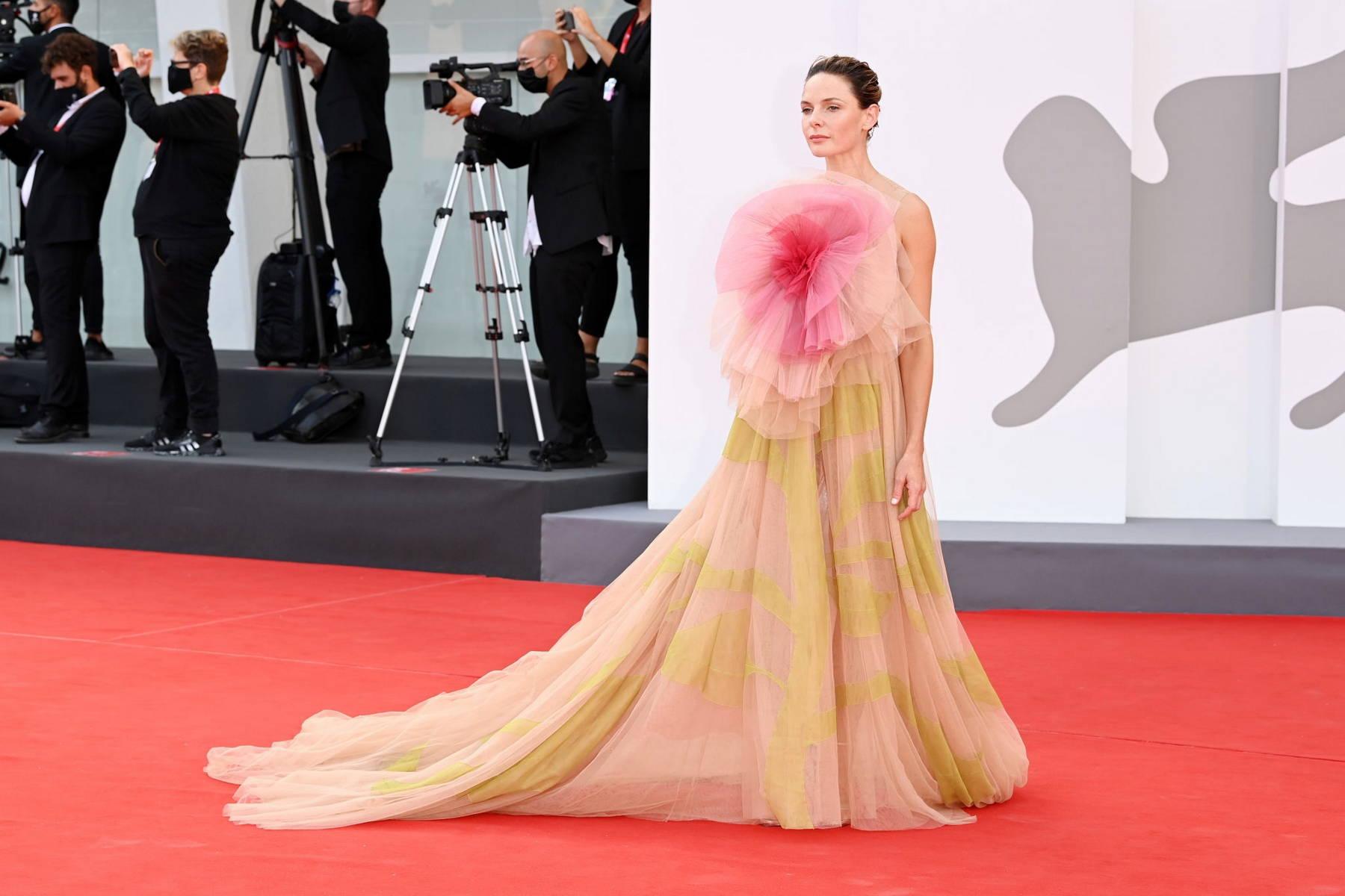Rebecca Ferguson fashion red carpet Dior