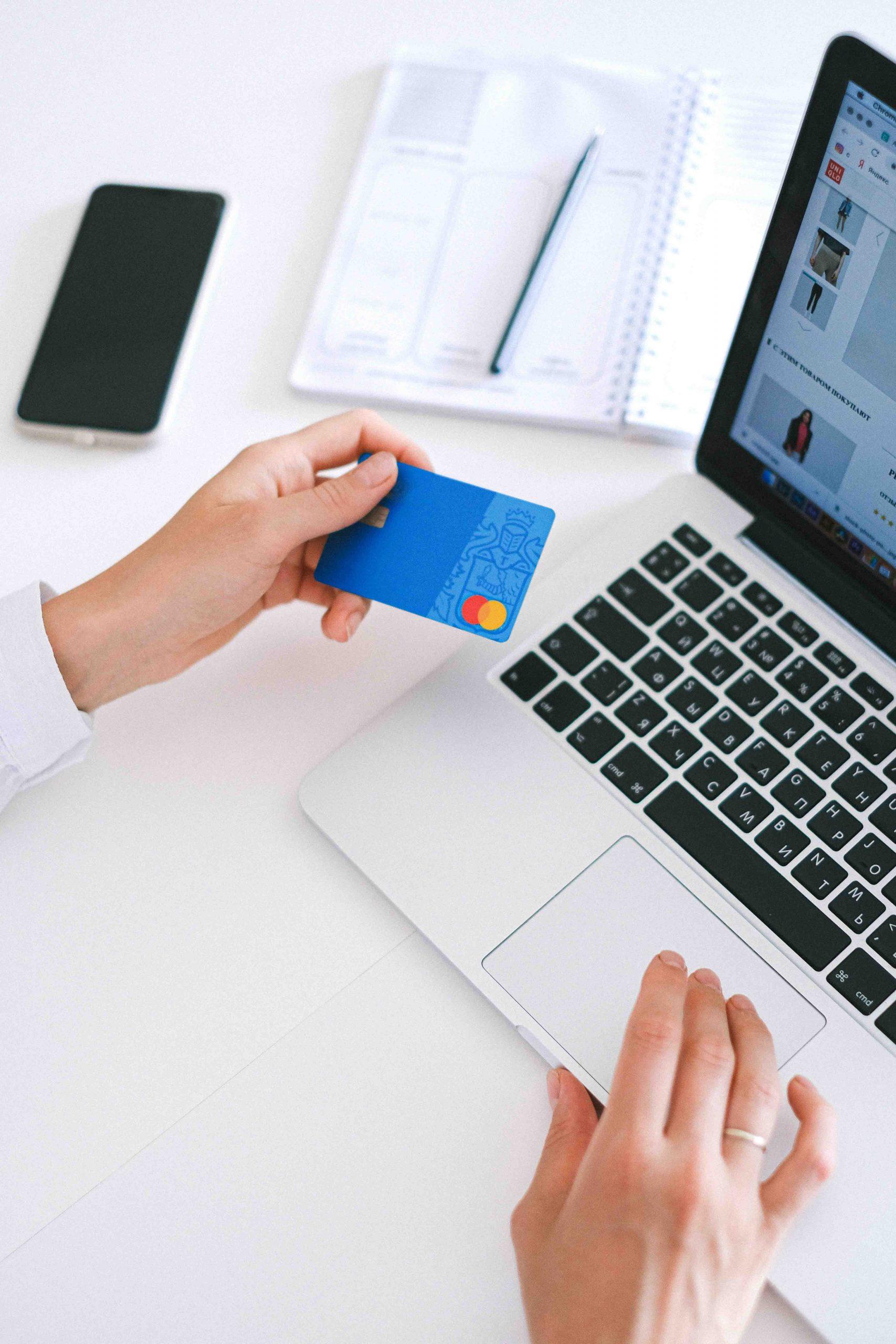 tận dụng ưu đãi để tiết kiệm tiền khi mua sắm online