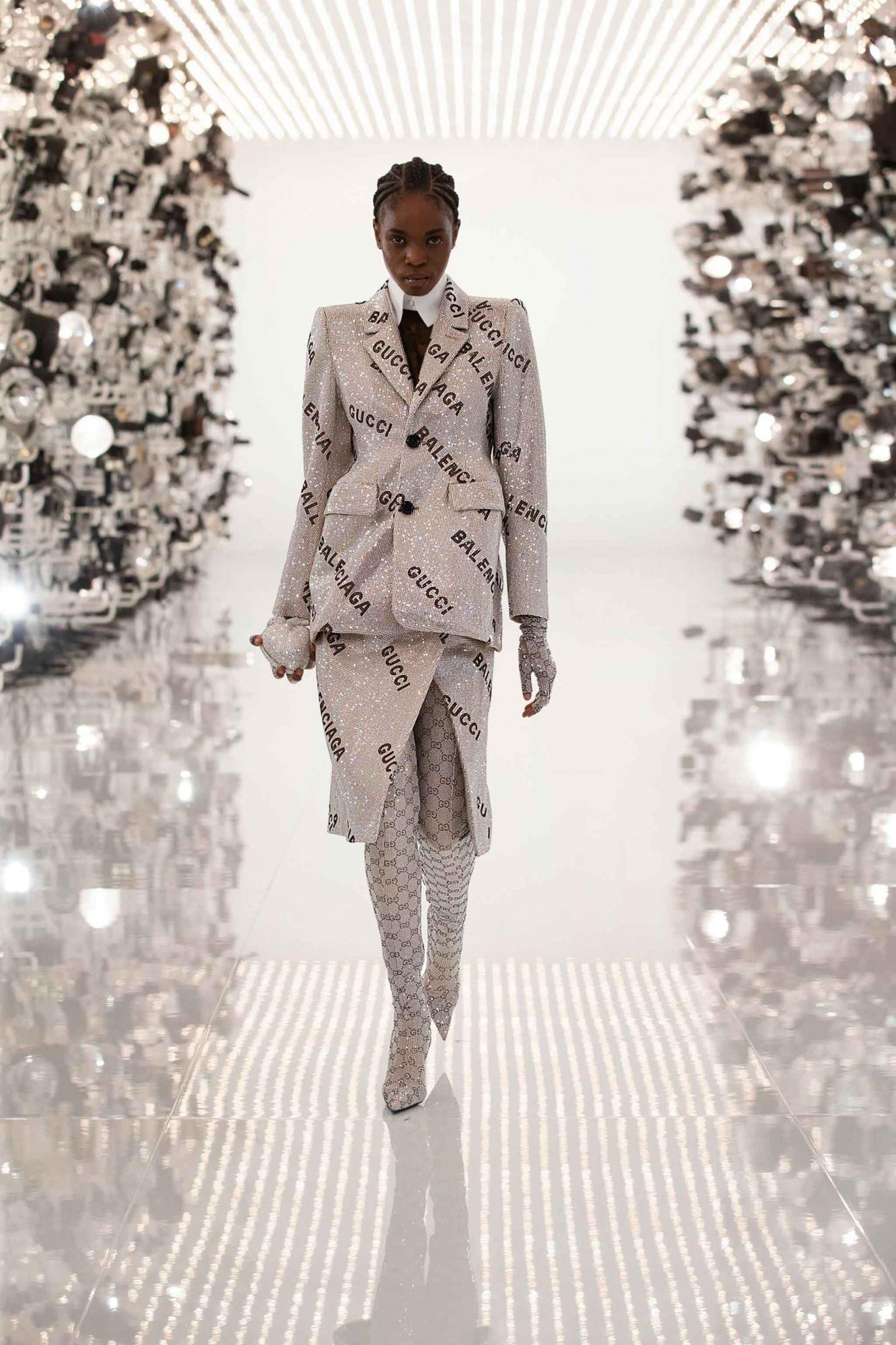 Fashion logomania gucci