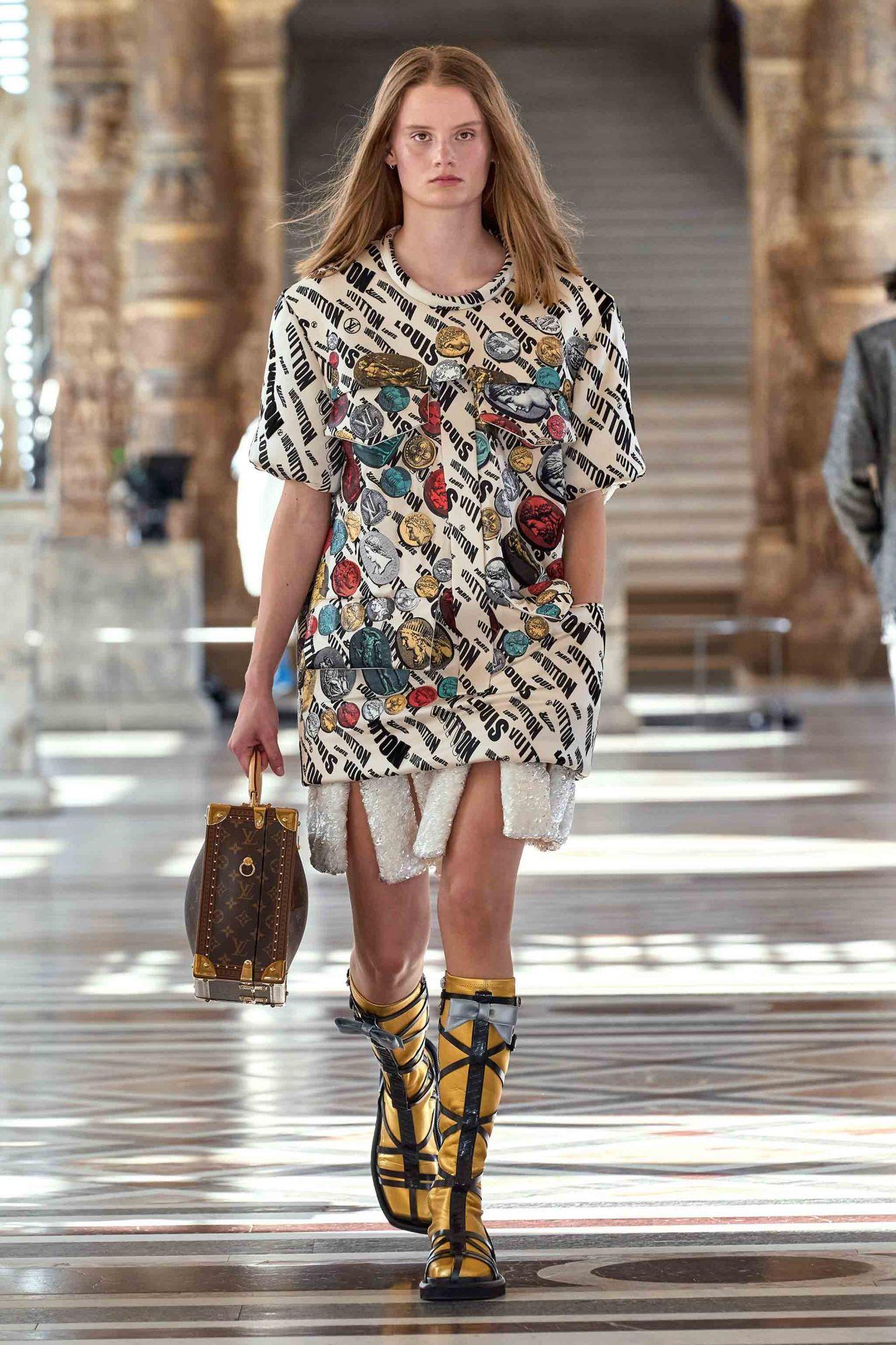 Louis Vuitton Logomania Fashion