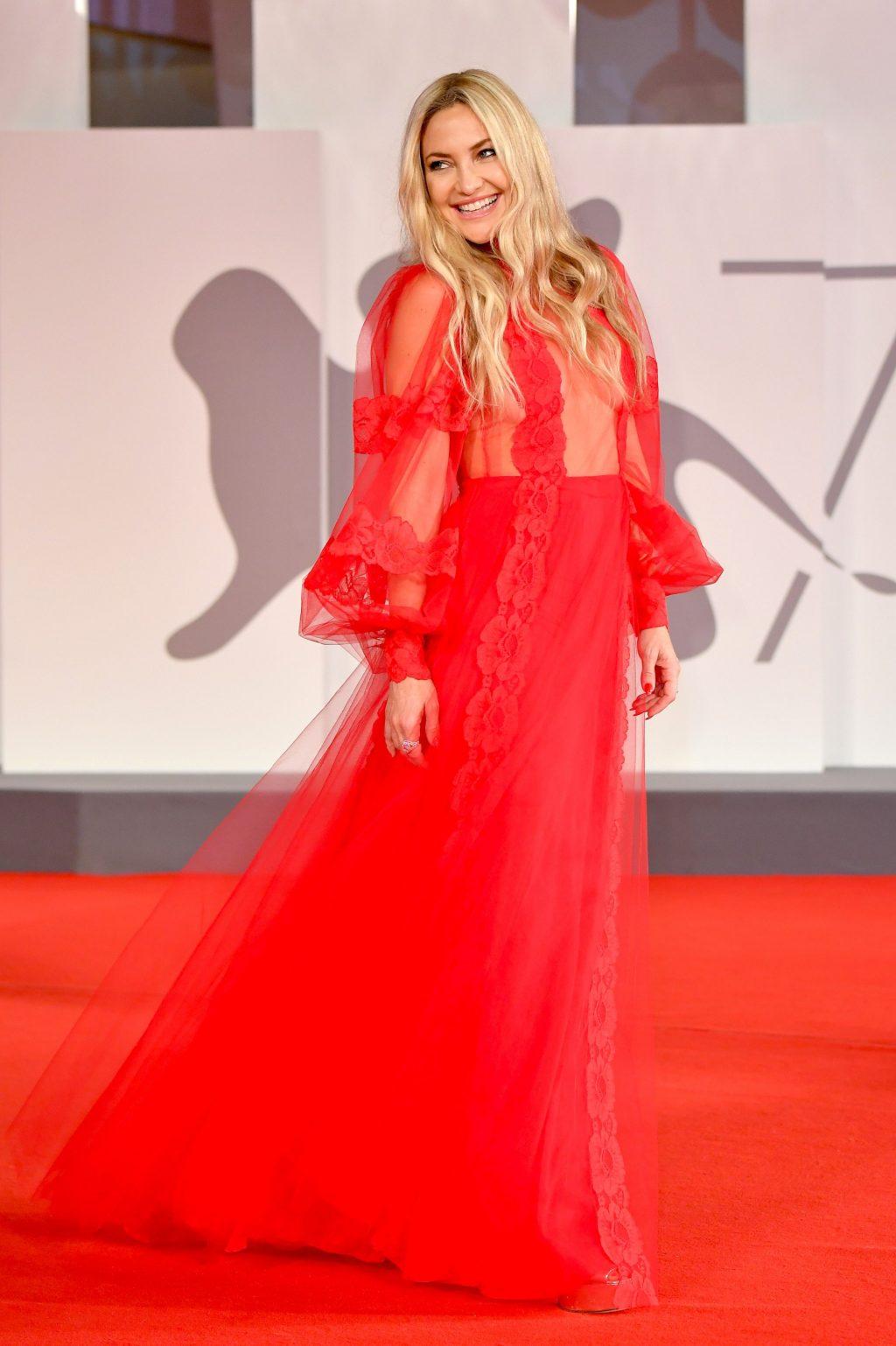 Phong cách trang điểm Kate Hudson.
