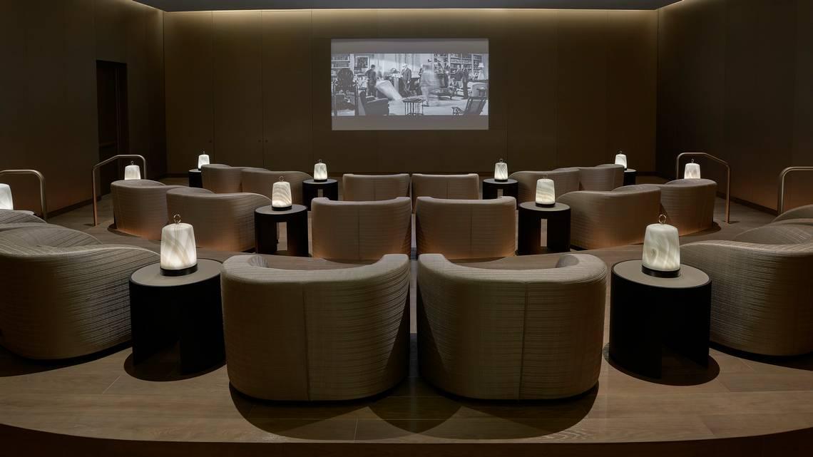 rạp chiếu phim trong căn hộ hàng hiệu