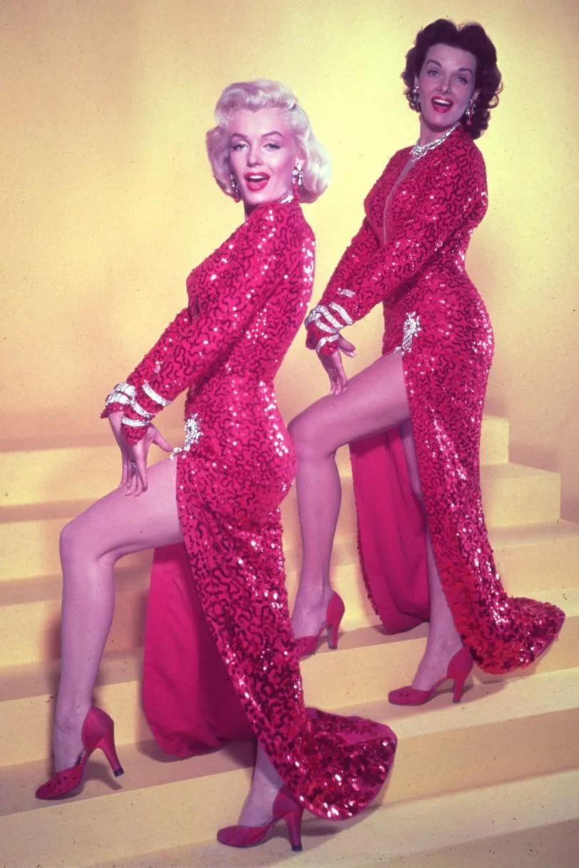 Marilyn Monroe và Jane Russell