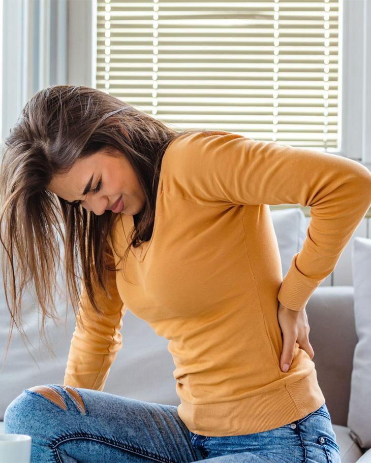 Đau cơ lưng xuất hiện ở người trẻ thường xuyên