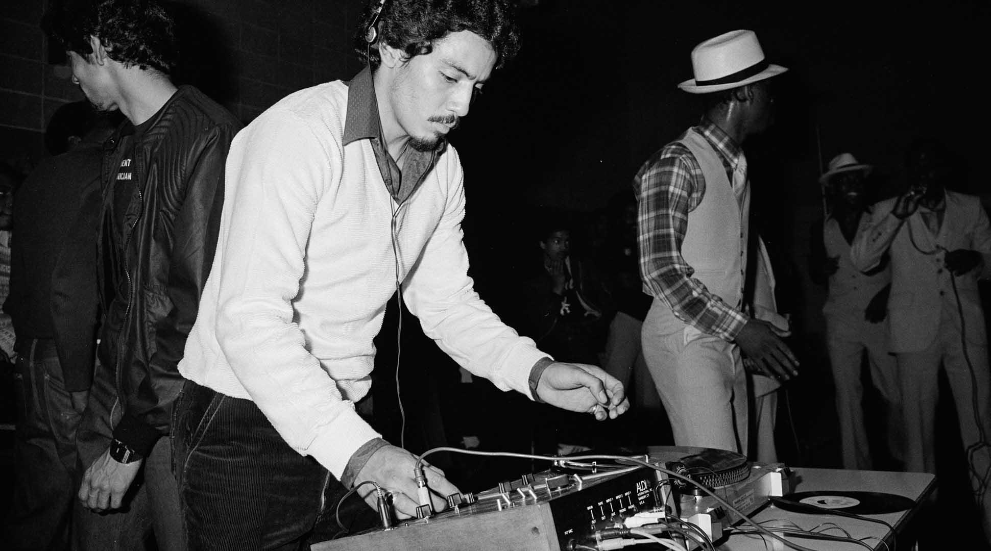 bữa tiệc hip-hop của DJ Kool Herc