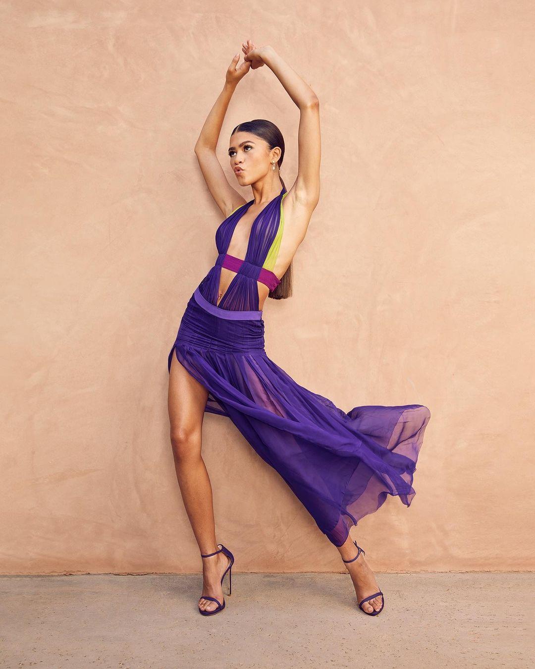 Zendaya Versace thời trang