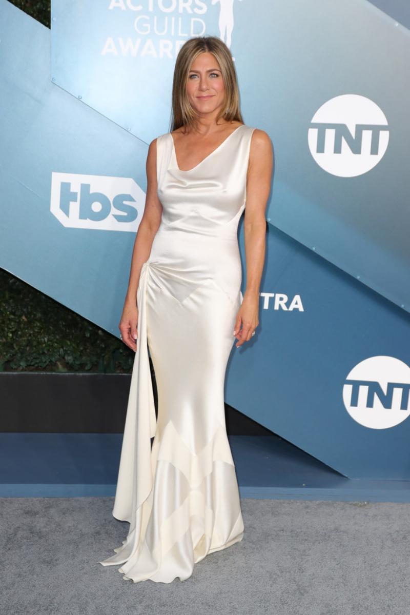 thời trang Jennifer Aniston SAG Award 2020