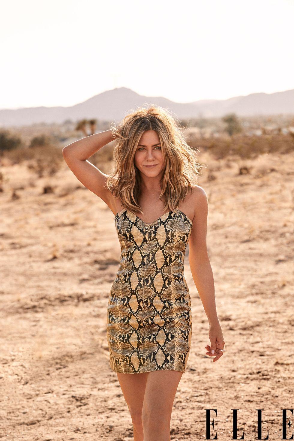 Jennifer Aniston vẫn trẻ trung ở tuổi 52.