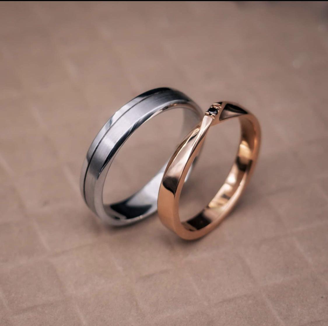 nhẫn cưới his & her