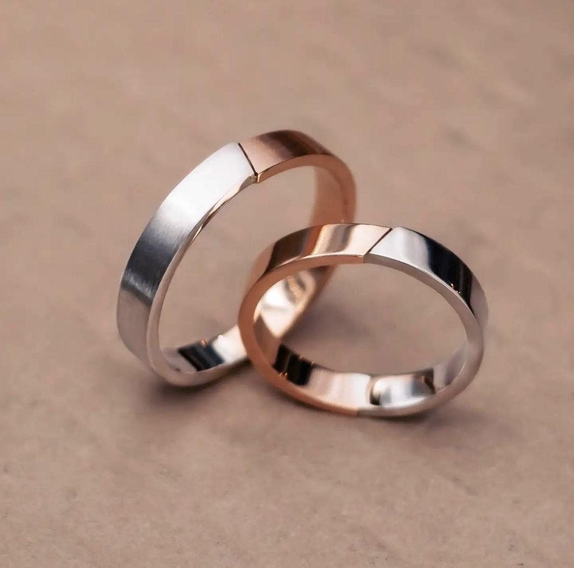 nhẫn phối hai loại kim loại