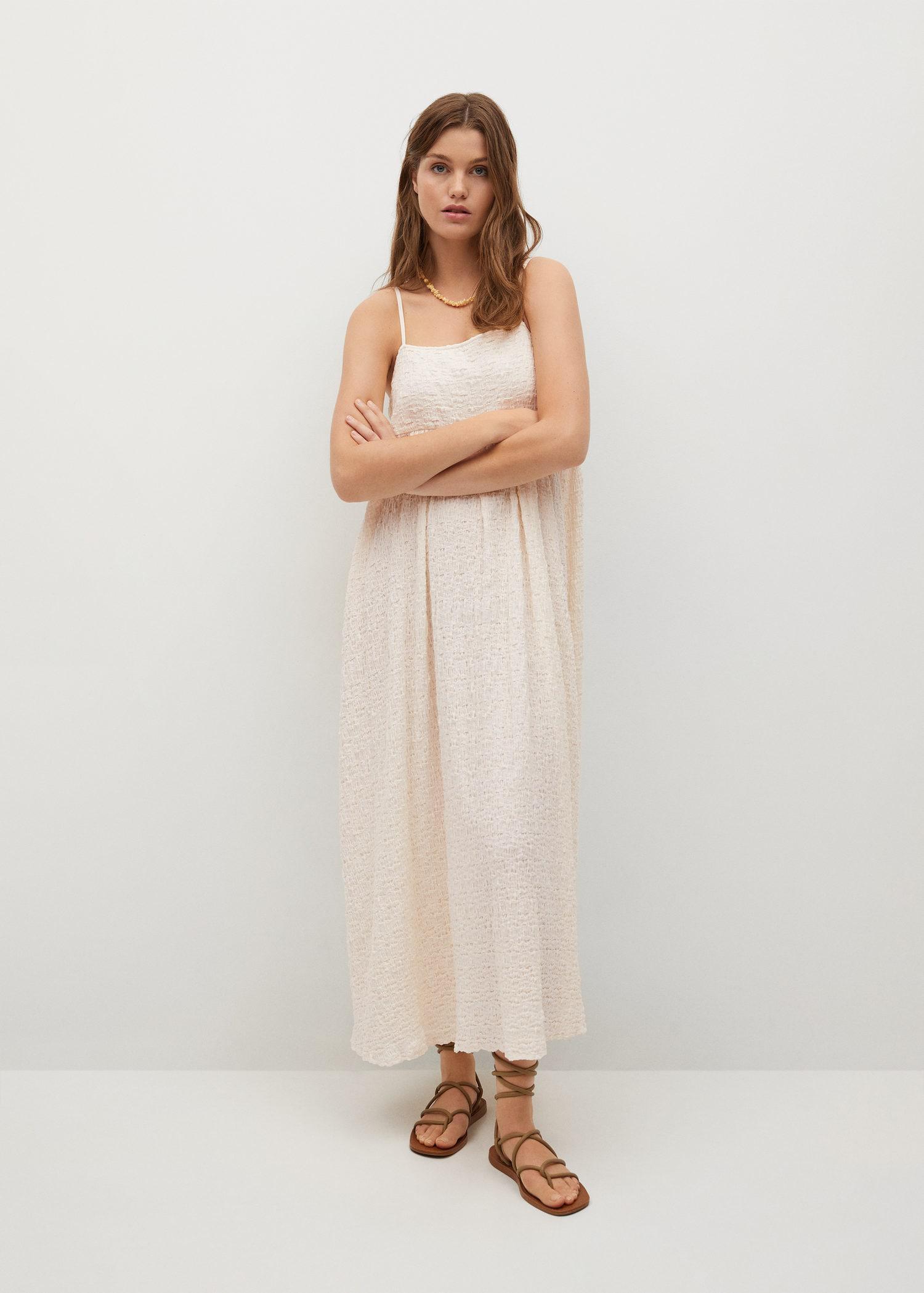 Đầm ngủ màu kem