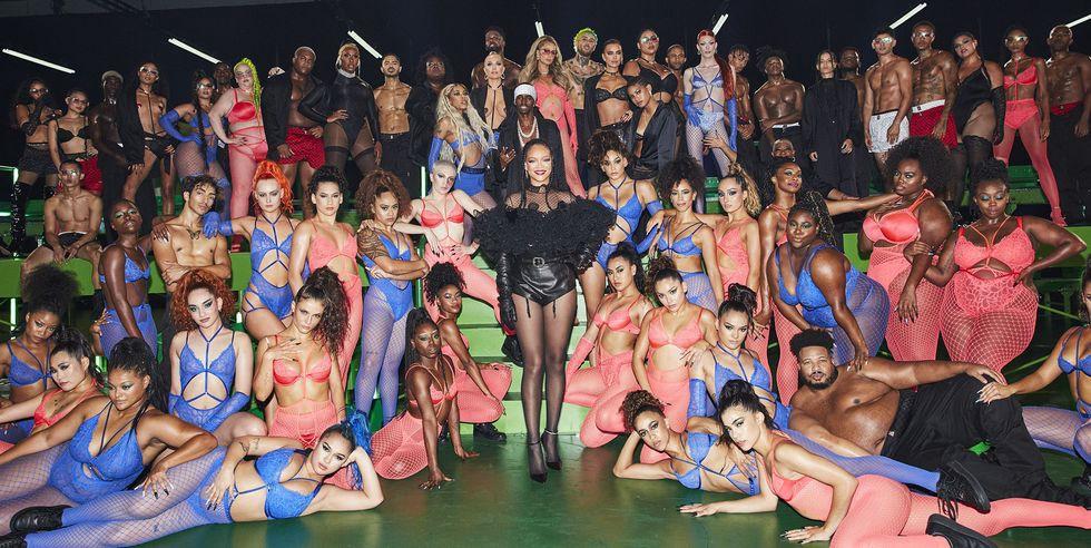 Tất cả người mẫu tham dự buổi diễn của Rihanna