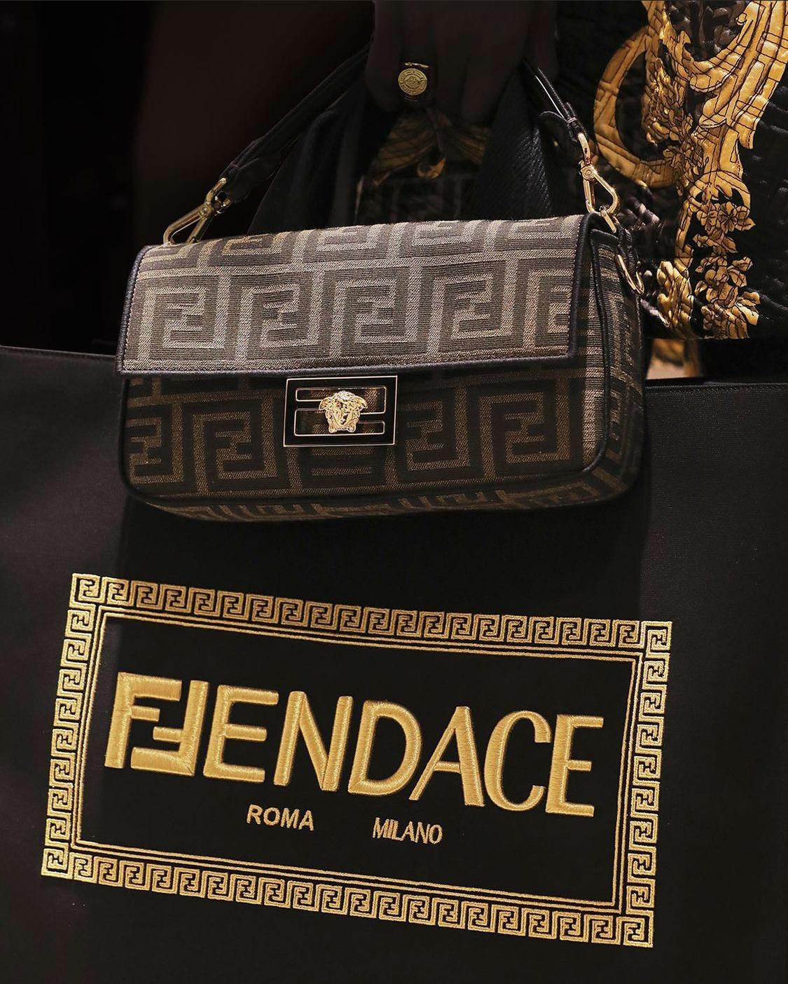 logo kết hợp của versace và fendi