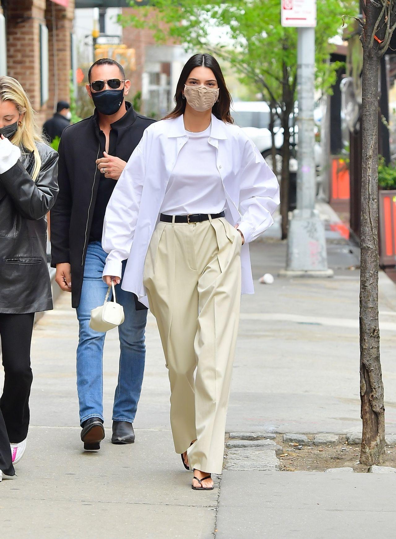 Thời trang street style Kendall Jenner