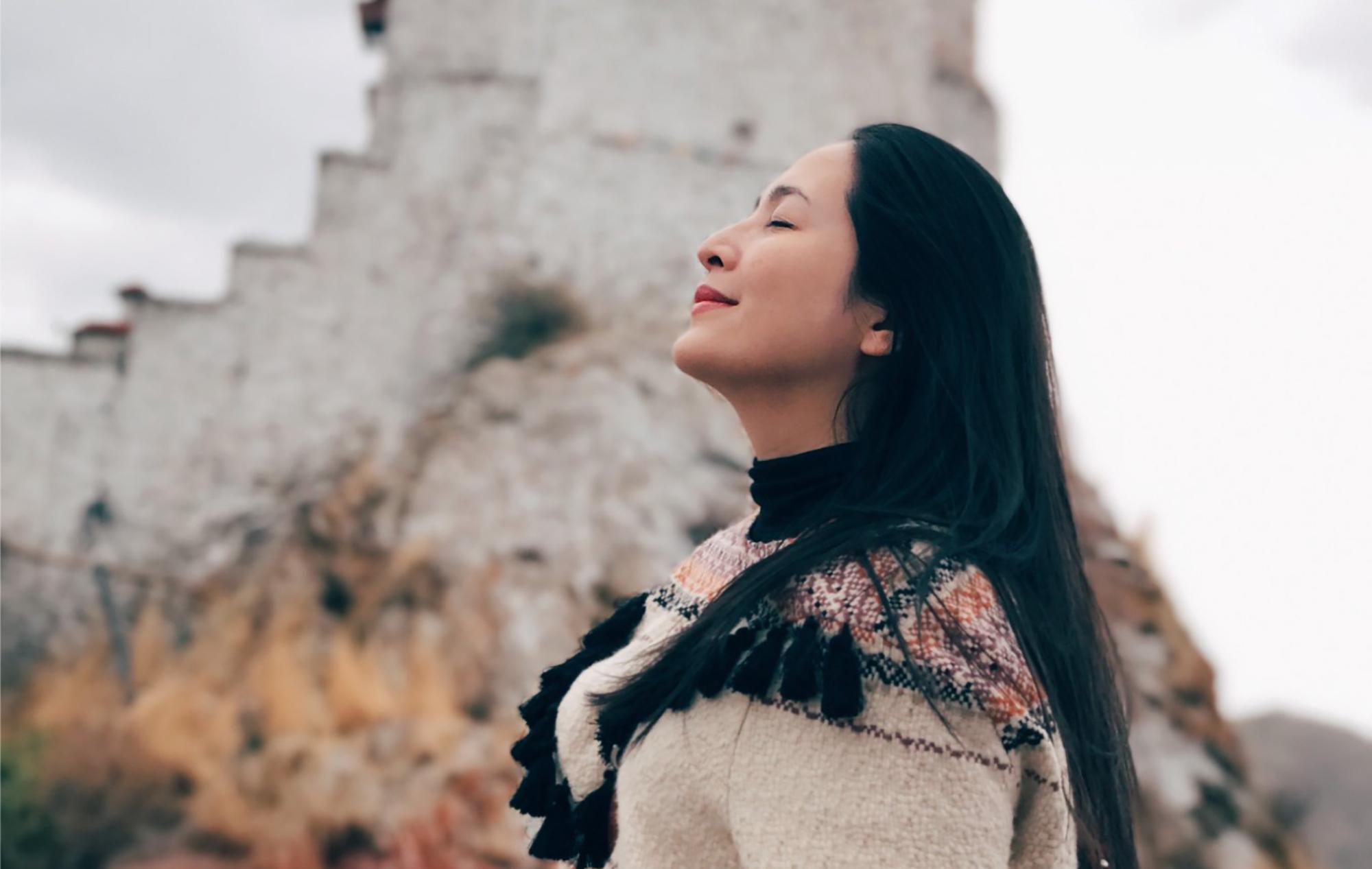 tinh thần cách Quỳnh Hương cân bằng cảm xúc