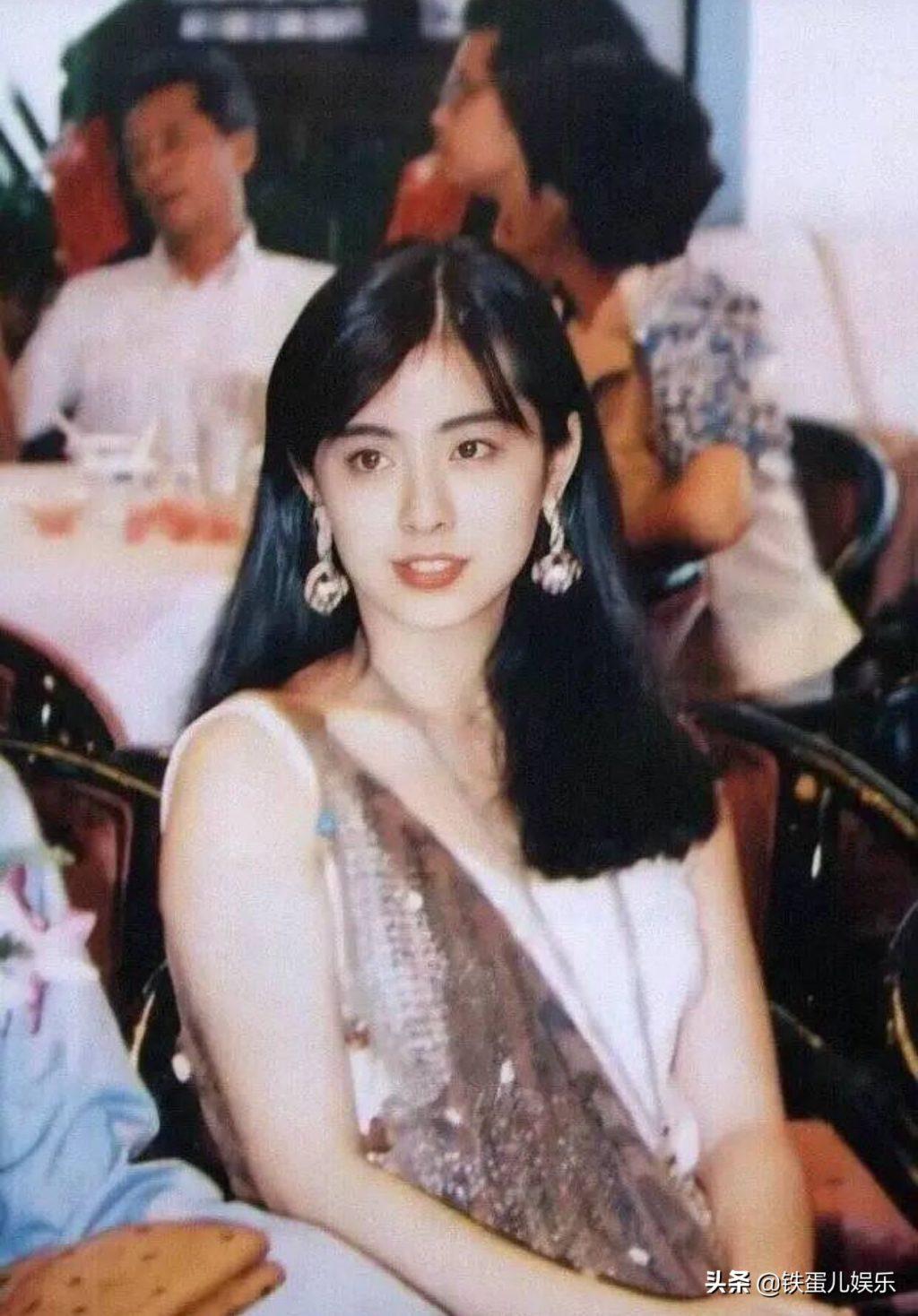 Vương Tổ Hiền khi còn trẻ - diễn viên Hồng Kông