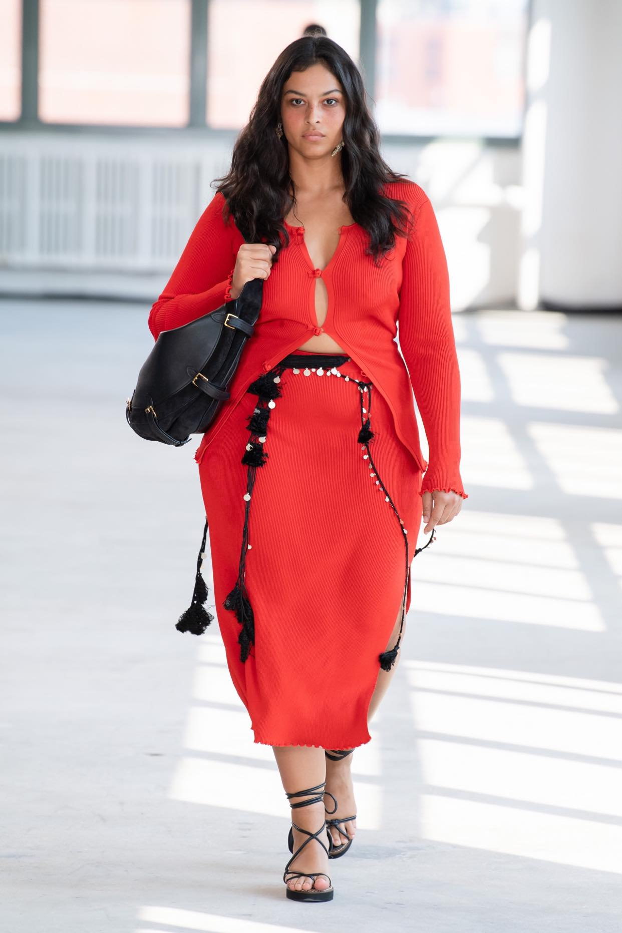 Altazurra thời trang xuân hè 2022 look7