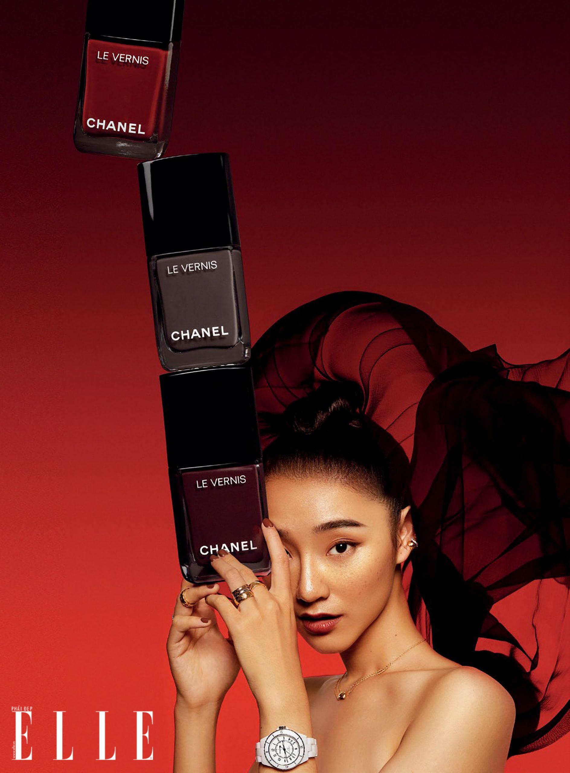 sản phẩm sơn móng của Chanel