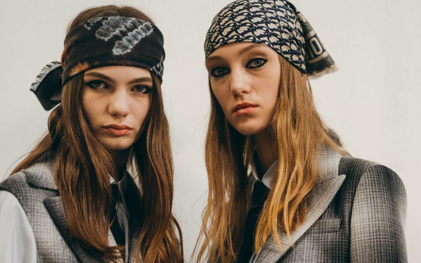 phụ kiện khăn lụa Dior