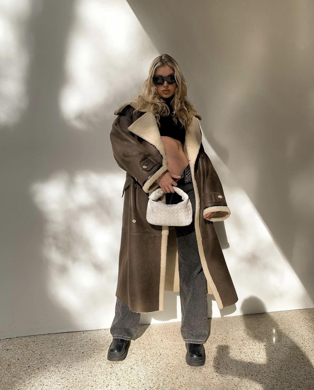 thời trang bầu năng động của Elsa Hosk